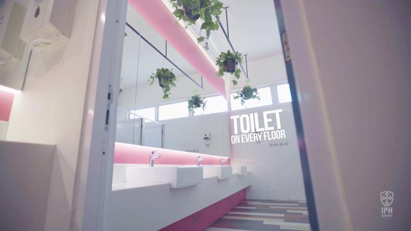Toilet West