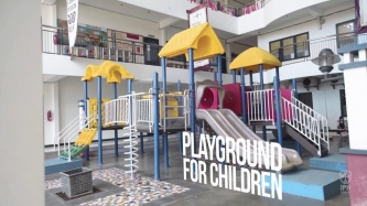 Lapangan Bermain Untuk Anak-anak Kampus Timur